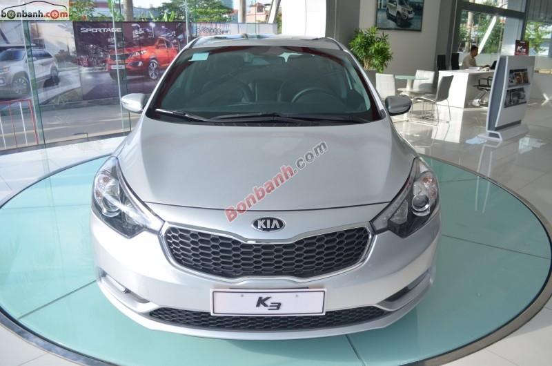 Mình cần bán xe Kia K3 1.6 AT đời 2015, màu bạc giá cạnh tranh