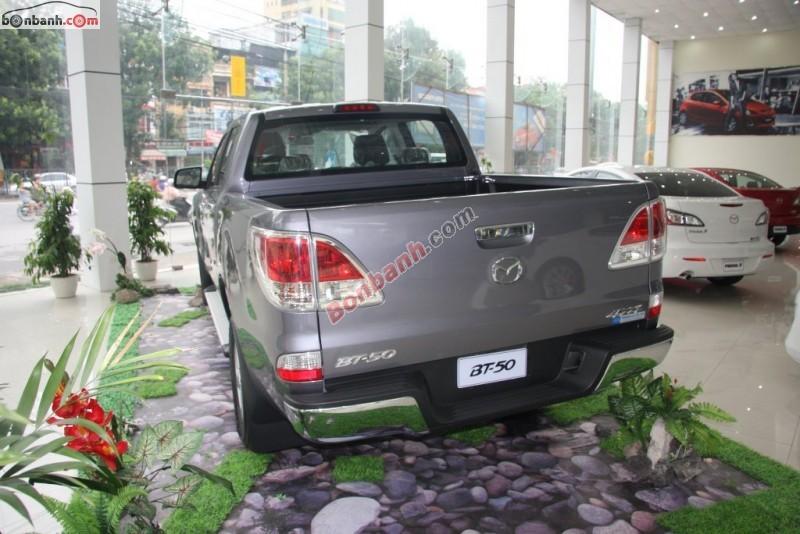 Xe Mazda BT 50 2.2 MT 2015