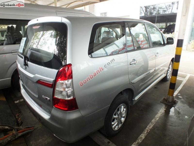 Bán ô tô Toyota Innova E đời 2015, giá tốt tại Toyota Hoàn Kiếm