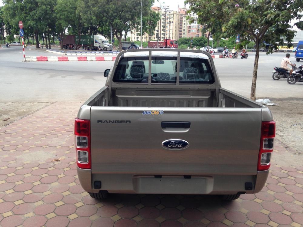 Bán ô tô Ford Ranger đời 2015, màu vàng, nhập khẩu chính hãng, giá tốt