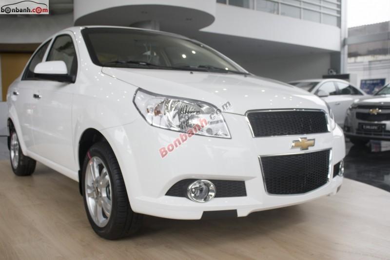Bán ô tô Chevrolet Aveo LTZ đời 2015, màu trắng, giá chỉ 440 triệu