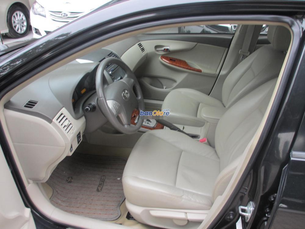 Cần bán gấp Toyota Corolla Altis đời 2009, màu đen, số tự động, giá 650tr