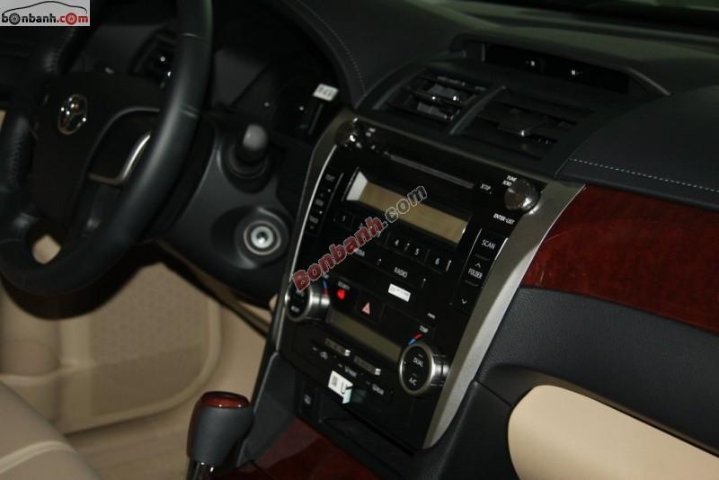 Cần bán Toyota Camry 2.5G đời 2015, màu đen tại Toyota Quảng Ninh