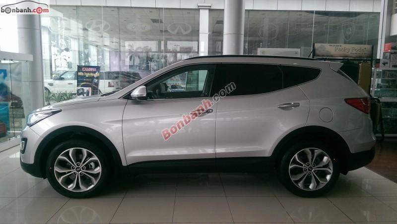 Mình cần bán xe Hyundai Santa Fe đời 2015, màu bạc