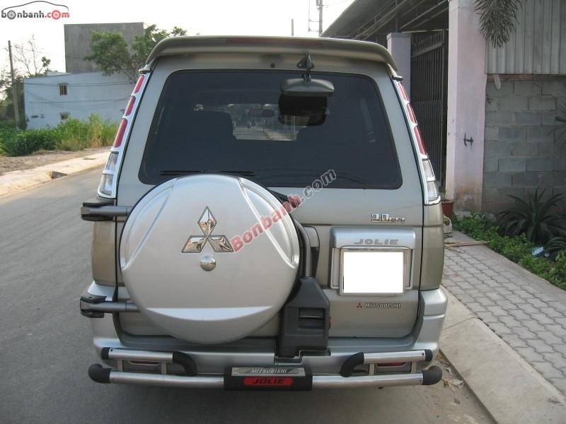 Cần bán gấp Mitsubishi Jolie đời 2005, xe còn rất chất