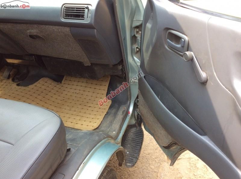 Cần bán lại xe Toyota Hiace đời 2000, nhập khẩu chính hãng