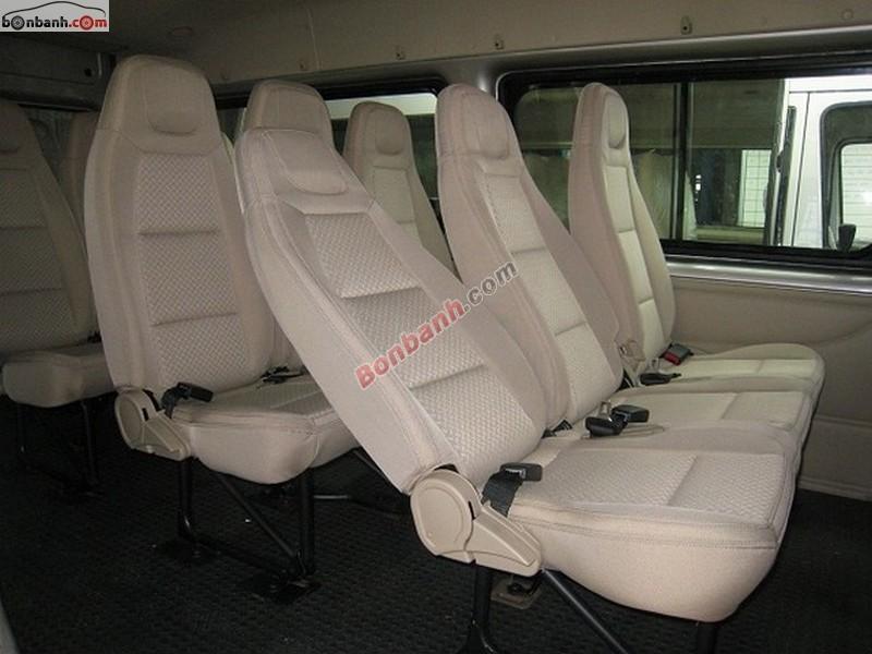 Bán Ford Transit Mid 2.4 MT đời 2015, giá tốt gọi ngay 0936 755 788
