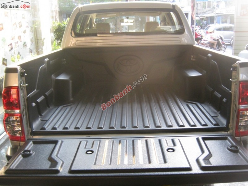 Xe Toyota Hilux 3.0 2015