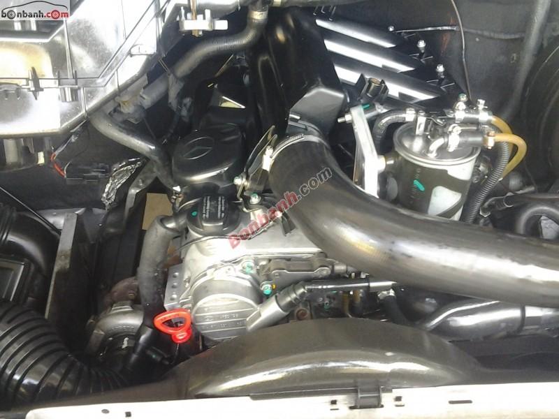 Bán Mercedes CDI 311 đời 2006, màu bạc. Xe đang chạy dịch vụ xem xe ưng ý ngay