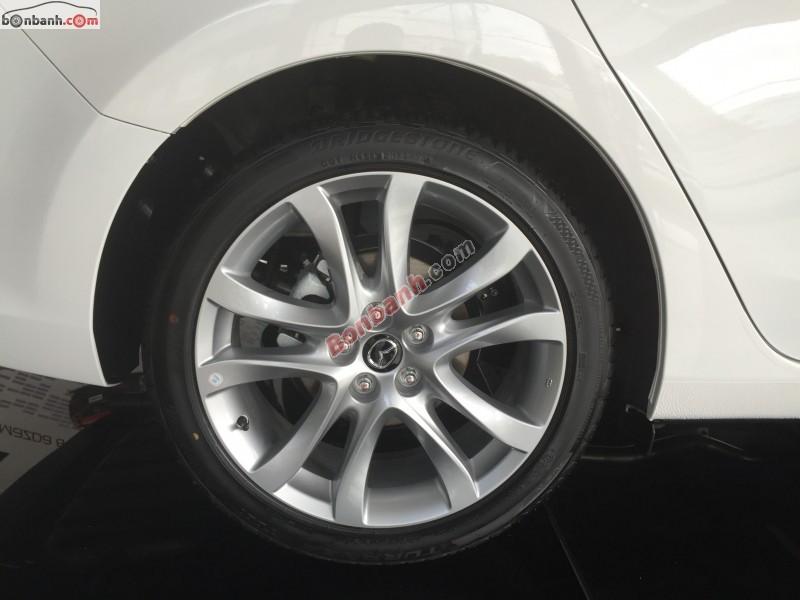 Bán Mazda 6 6 2.0 đời 2015, màu trắng