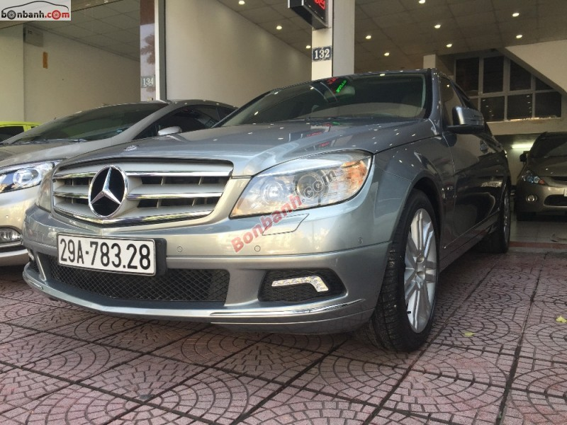 Cần bán gấp xe Mercedes C230 đời 2009 chính chủ