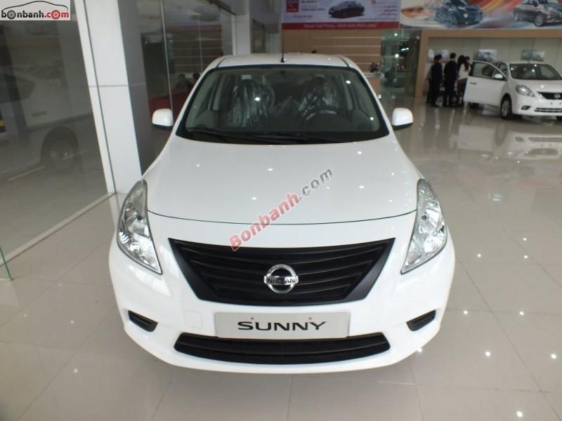 Cần bán xe Nissan Sunny 1.5MT đời 2015, màu trắng