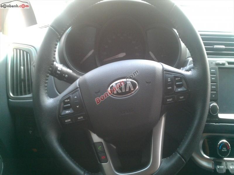 Cần bán lại xe Kia Rio AT sản xuất 2012, màu đỏ, nhập khẩu nguyên chiếc