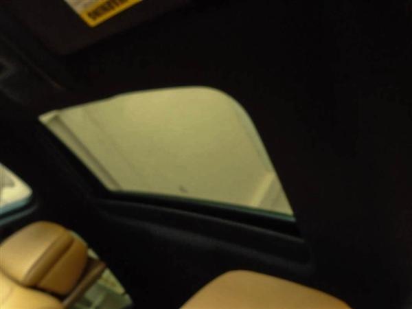 Bán BMW X6 cũ màu trắng, nhập khẩu nguyên chiếc