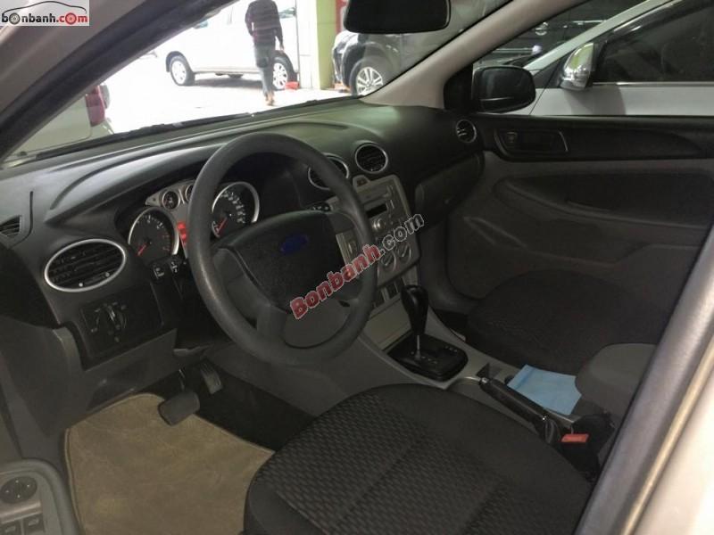 Bán xe Ford Focus 1.8L sản xuất 2011, số tự động, giá 540tr