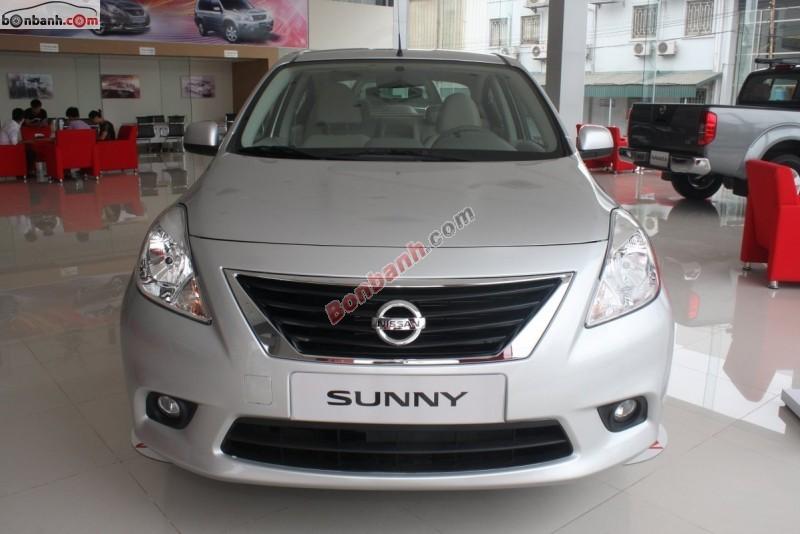 Bán xe Nissan Sunny XL 2015, màu bạc, giá 495Tr