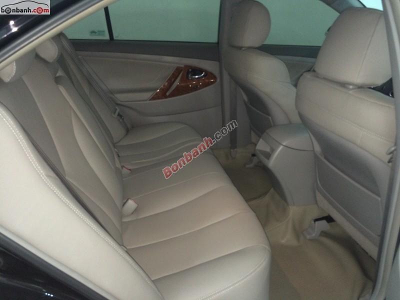 Bán xe Toyota Camry LE nhập khẩu nguyên chiếc từ Mỹ