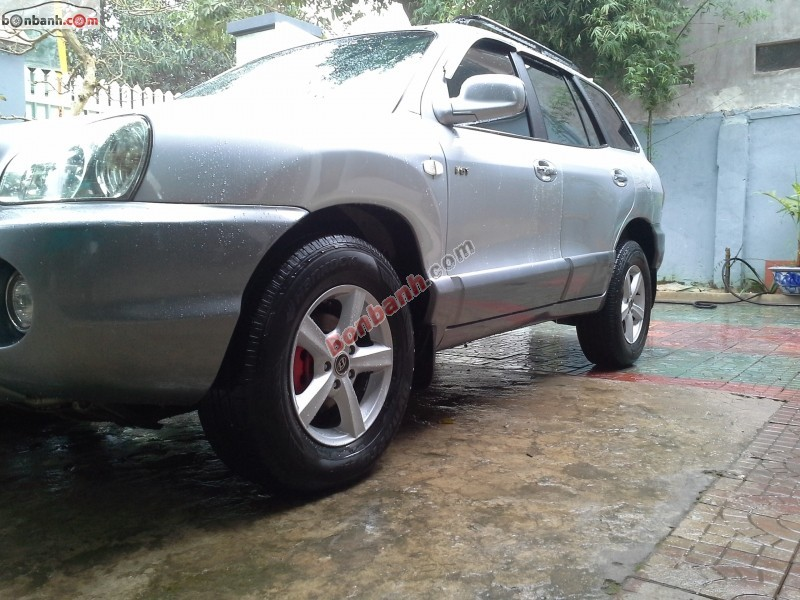 Bán xe Hyundai Santa Fe cũ màu bạc, nhập khẩu chính hãng, 355 triệu