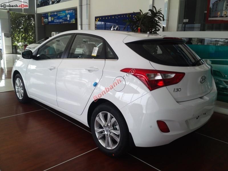 Bán ô tô Hyundai i30 1.6AT đời 2014, màu trắng, nhập khẩu nguyên chiếc