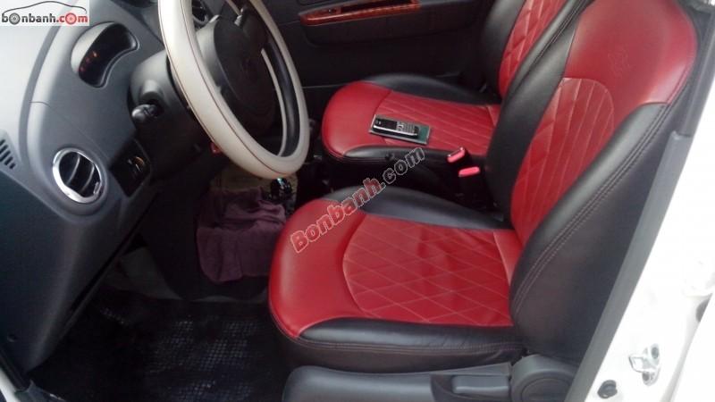 Xe Chevrolet Spark đời 2013, màu trắng bán