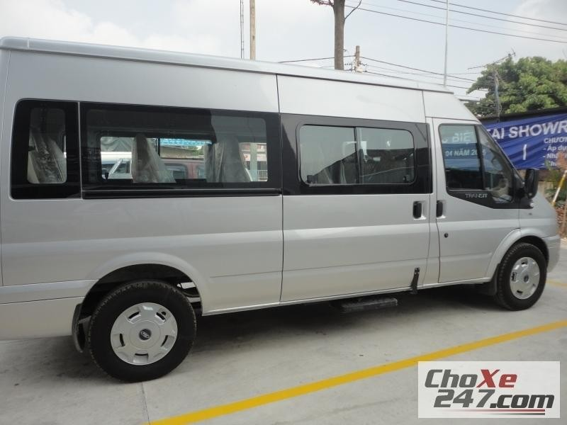 Ford Transit 2015 giá rẻ giao xe ngay.