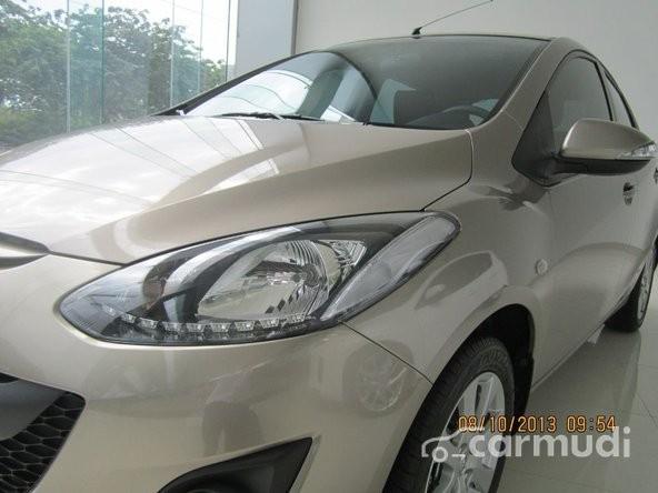 Xe Mazda AZ 2 AT 1.5L 2015