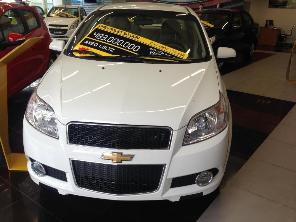 Xe Chevrolet Aveo  2015