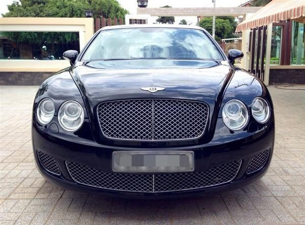 Xe Bentley Continental  2008