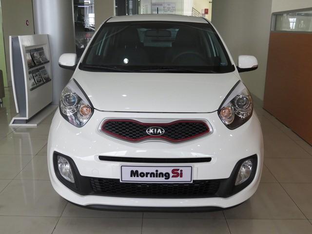 Bán ô tô Kia Morning Si 1.25 AT sản xuất 2016, màu trắng
