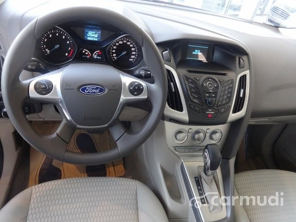 Xe Ford Focus 1.6L AT  2015