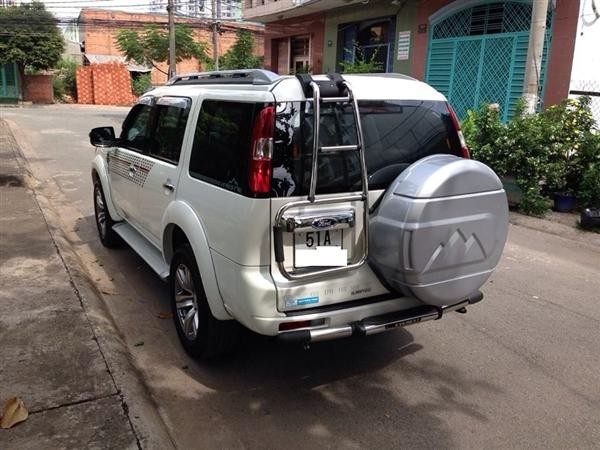 Xe Ford Everest  2012