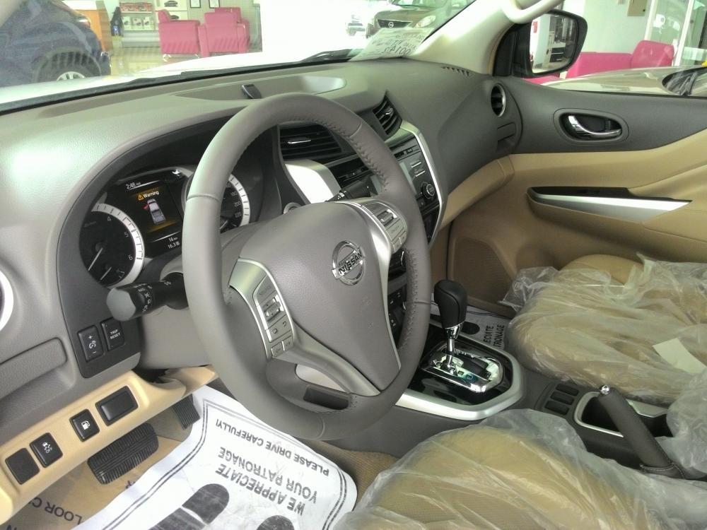Xe Nissan Navara VL 2015