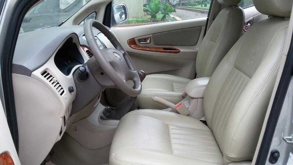 Xe Toyota Innova  2008