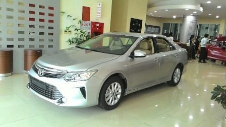 Xe Toyota Camry  2015