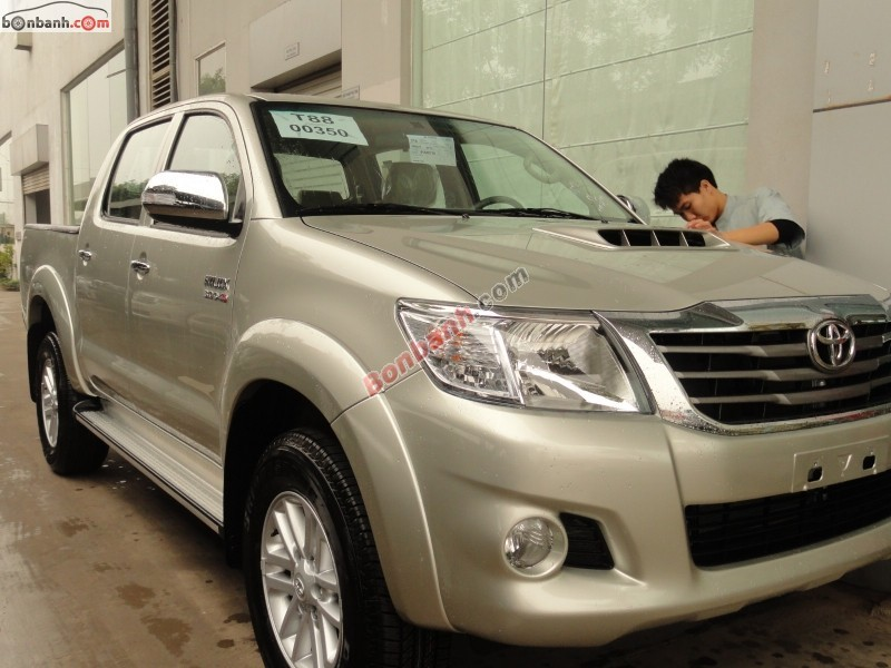 Xe Toyota Hilux 3.0G 2015