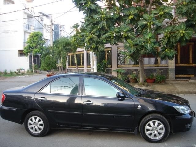 Xe Toyota Camry  2004