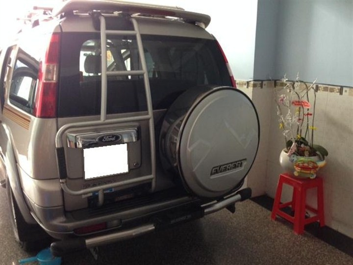 Xe Ford Everest  2008