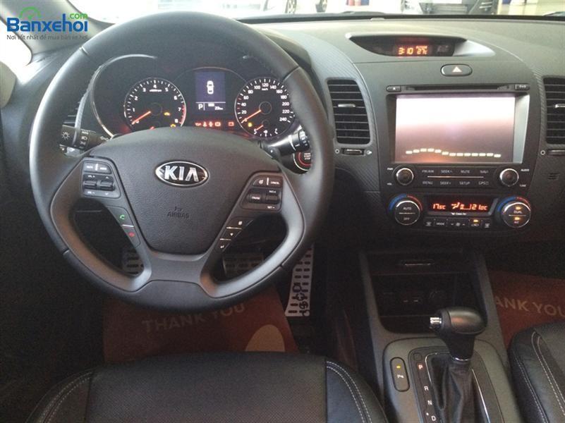 Xe Kia K3 2.0L AT 2015