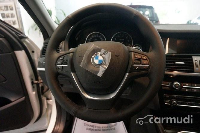 Xe BMW X4 xDriver 28i 2015