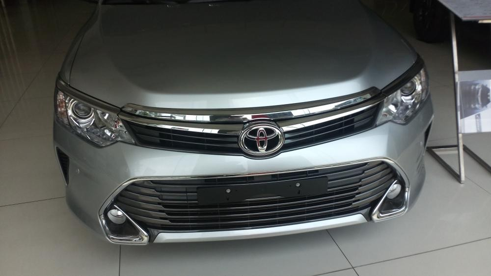 Xe Toyota Camry 2.5Q 2015