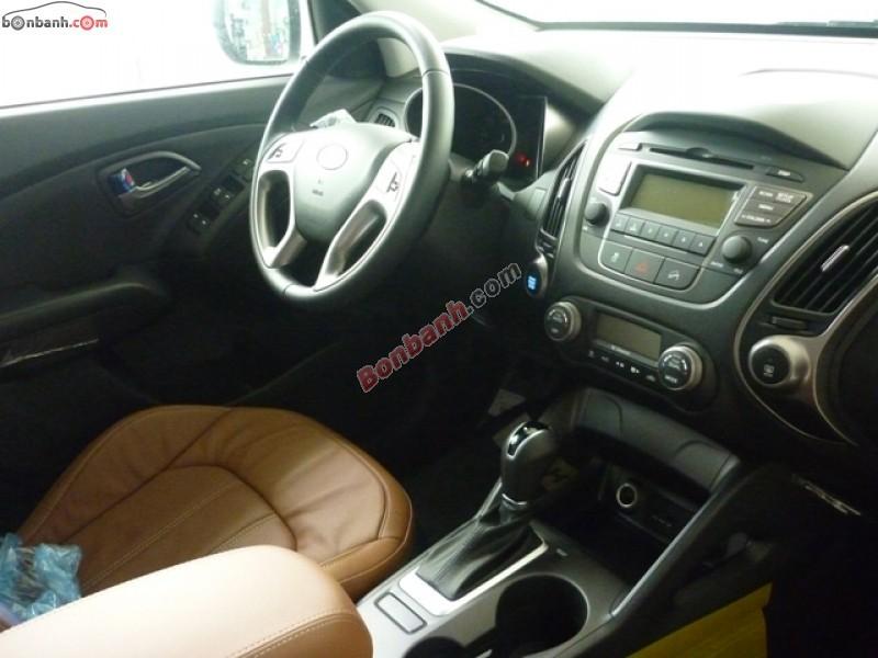 Xe Hyundai Tucson 2.0 AT 2WD 2015