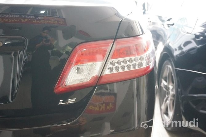 Xe Toyota Camry LE  2011