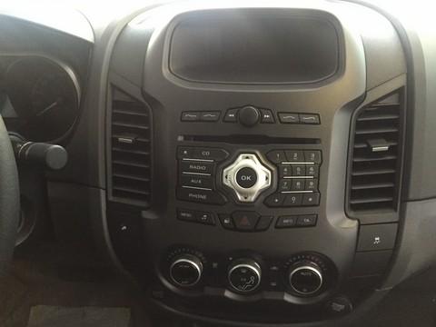 Xe Ford Ranger   2015