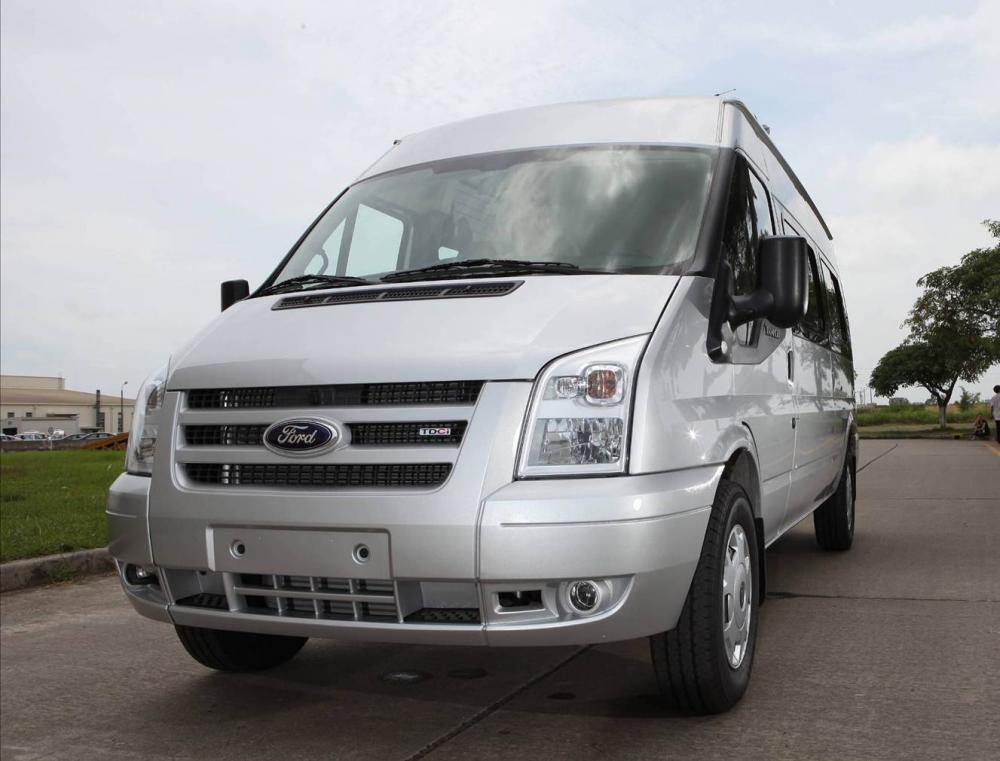 Xe Ford Transit 2.4L 2015
