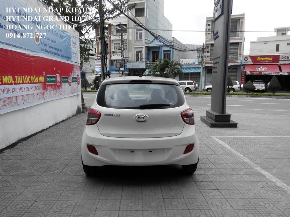 Xe Hyundai i10  2015