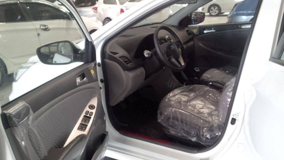 Bán Hyundai Accent đời 2018 Đà Nẵng, màu trắng, đại diện bán hàng: – 0935.536.365 Mr. Phương