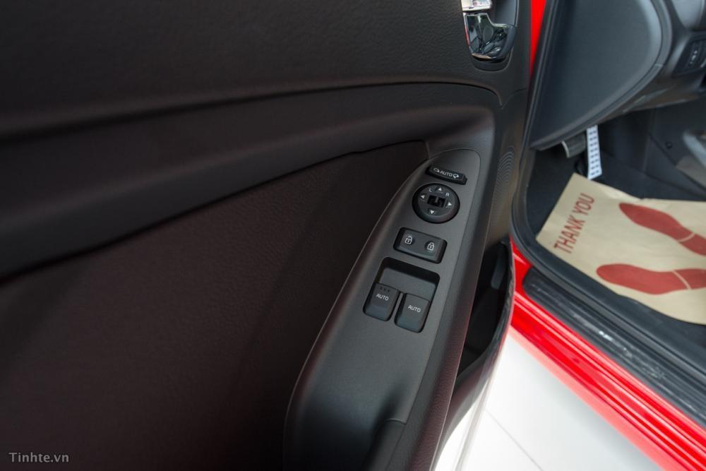 Xe Kia S5  2015