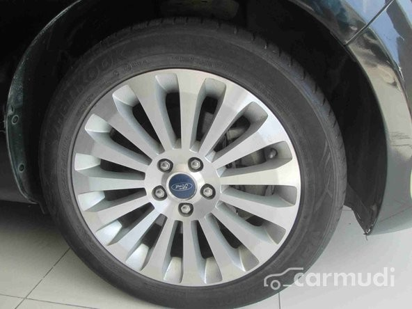 Xe Ford Mondeo  2010