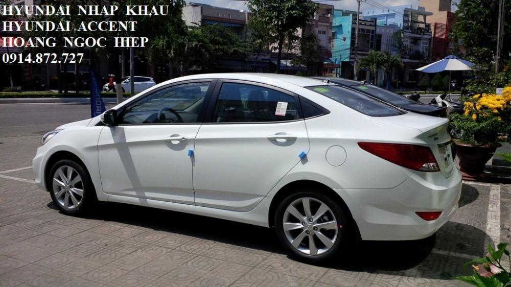 Xe Hyundai Accent  2015