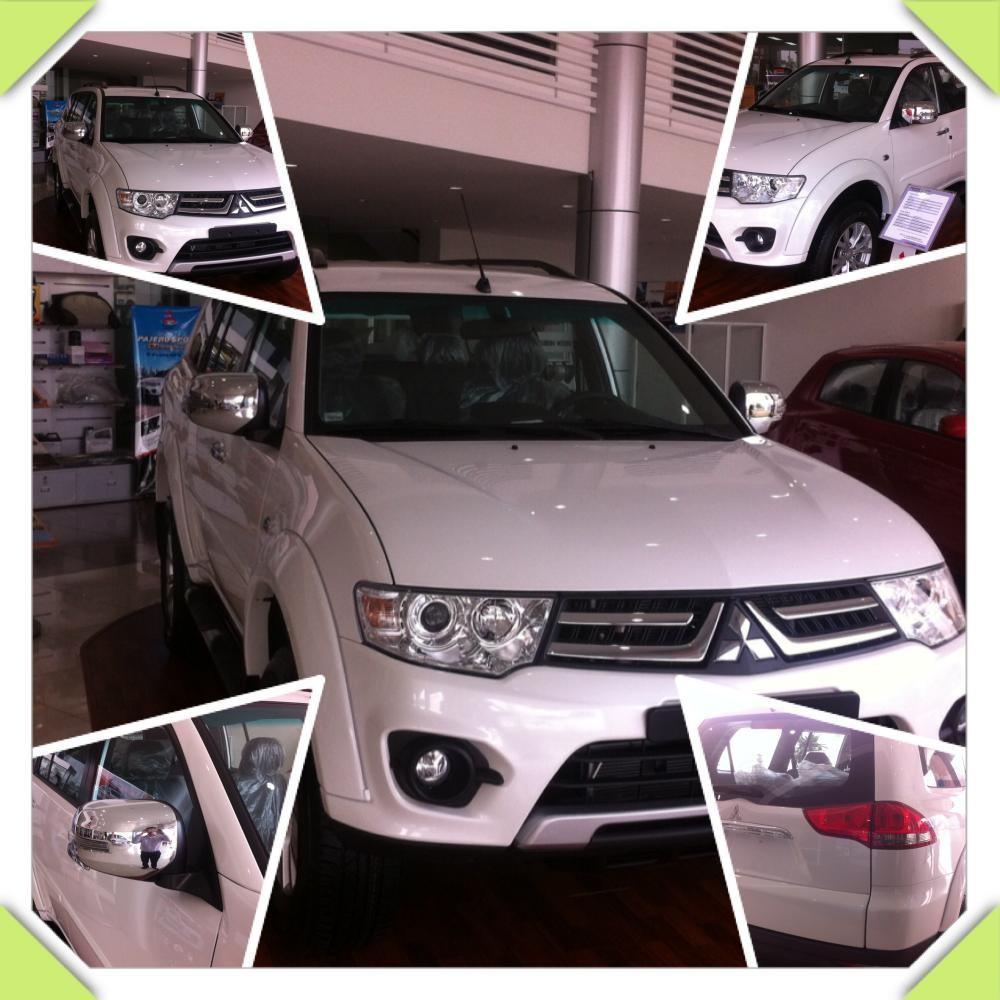 Cần bán xe Mitsubishi Pajero 4x2AT đời 2016, màu trắng, 982tr